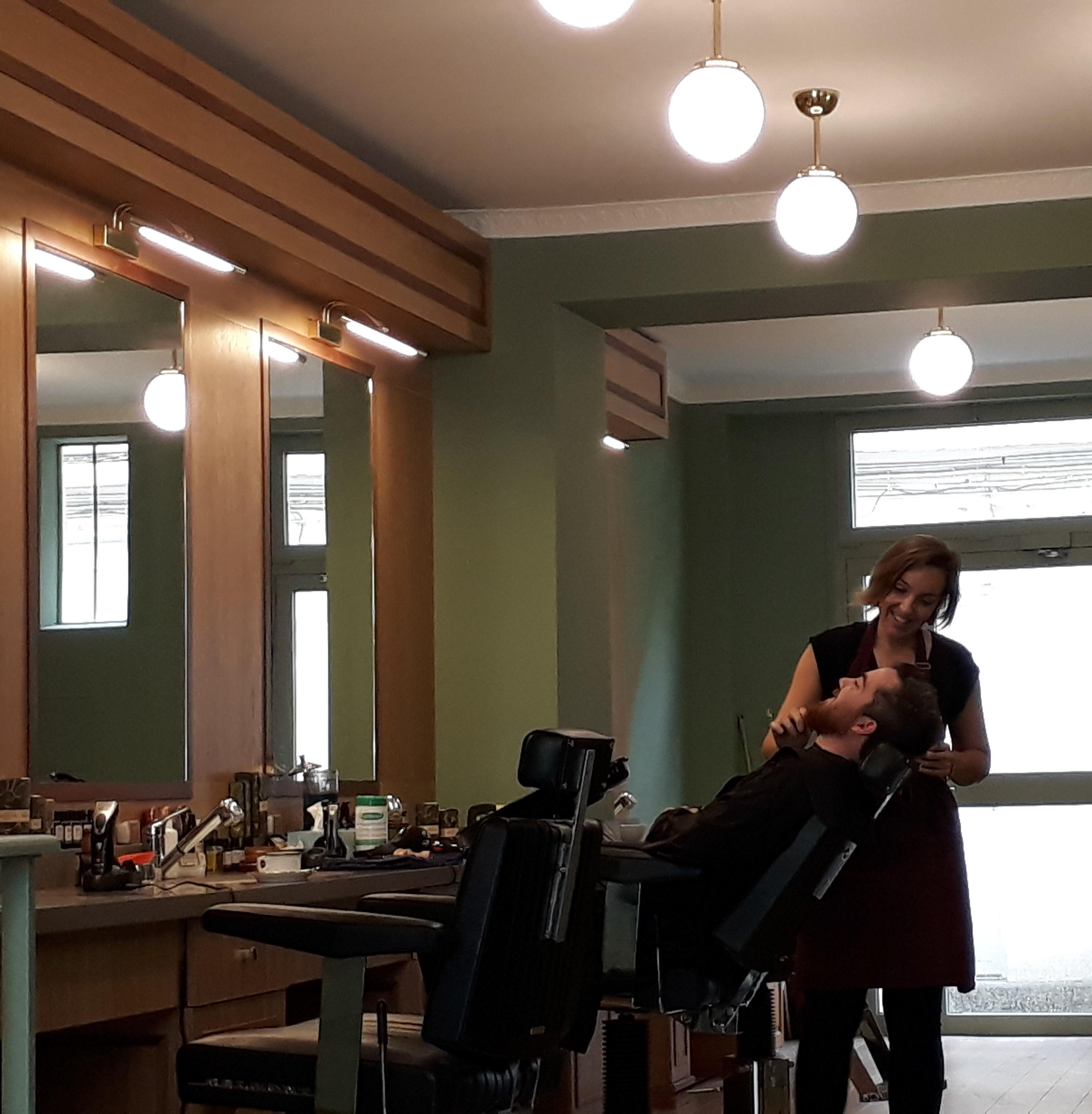 Salon de vincennes vincennes les ma tres barbiers - Salon de the vincennes ...